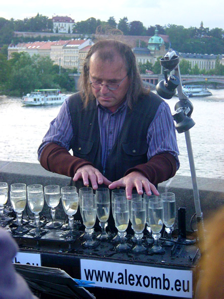 glass harp guy in prague